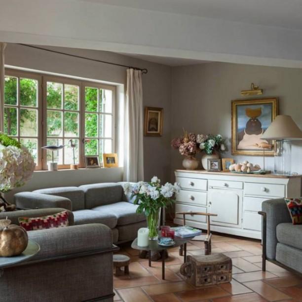 La Maison de La BourgadeUzès - Chambres d'hôtes secrètes